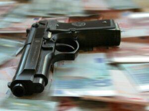 Karachi (Pakistan), commercianti protetti da organizzazioni criminali contro i furti