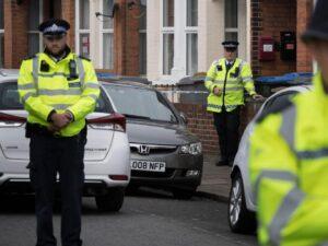 """Terrorismo, arrestate a Londra tre ragazze: """"Progettavano un attentato"""""""