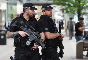 Manchester: allarme bomba in un college a Trafford