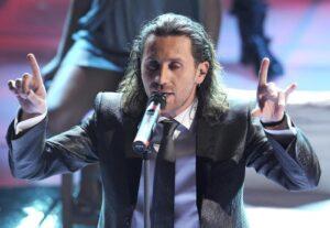 Povia, annullato concerto 24 maggio a Pisa per la protesta dell'Arci