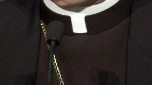 Reggio Emilia, ricattarono sacerdote con video osé: condannate tre donne