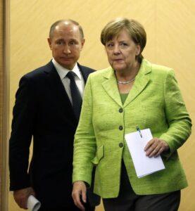 Merkel paladina dei gay contro Putin