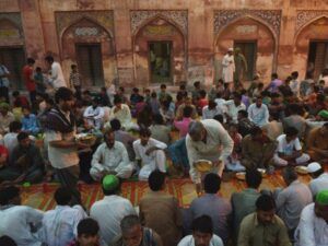 Ramadan, mese di digiuno per milioni di musulmani, ma non per tutti è uguale