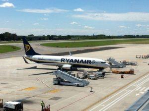 Ryanair vola troppo basso, danneggia le case: risarcita famiglia di Treviso (25mila euro)