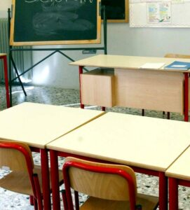 """Napoli, accoltella compagno di scuola e scrive lettera: """"Ti chiedo scusa"""""""