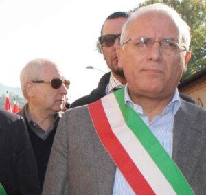 Terni, sindaco Leopoldo Di Girolamo e assessore arrestati per appalti a cooperative