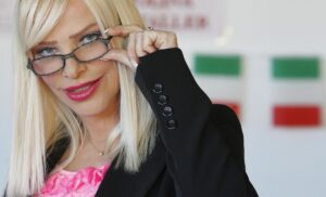 Ilona Staller condannata a 1 anno per tentata truffa a un'assicurazione