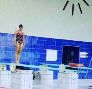 """Tania Cagnotto scivola sul trampolino, lei ci scherza su: """"Ecco perché mi devo ritirare...""""VIDEO"""