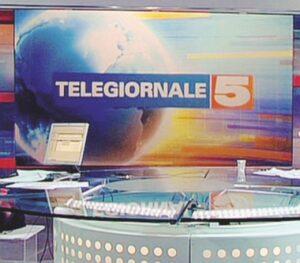 Tg5 dice addio a Roma? Mediaset vuole spostarlo a Milano, scatta sciopero giornalisti