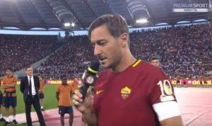 """Totti, la lettera a Roma: """"Ho paura, aiutami"""". Roma piange ridendo: """"Pensavo di morire prima"""""""