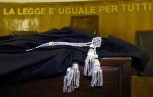"""Maurizio Minora: carcere e processo per """"suggestione collettiva"""". Molestie sessuali inventate"""