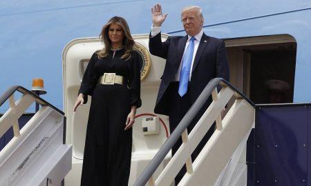 """Donald Trump in Arabia Saudita: """"Uniti contro terrorismo"""". E vende armi per 110 miliardi di dollari"""