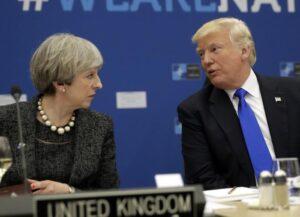 """Manchester, Trump: """"Punirò chi ha rivelato notizie"""". Gb riprende collaborazione"""