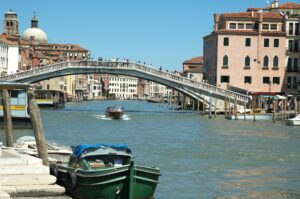 Antongiulio De Negri, bancario eroe in pausa pranzo: salva donna nel Canal Grande