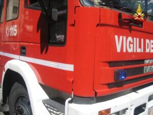 Sernaglia della Battaglia (Treviso), scontro frontale fra furgoni: un morto, due feriti