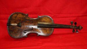 Violino di Benito Mussolini era di Antonio Vivaldi: la scoperta di due musicologi italiani