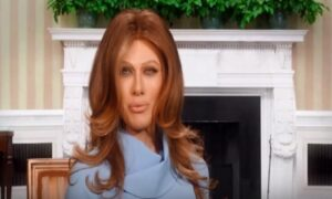 "Virginia Raffaele imita Melania Trump: ""Guerra mondiale? Donald è dal parrucchiere"""