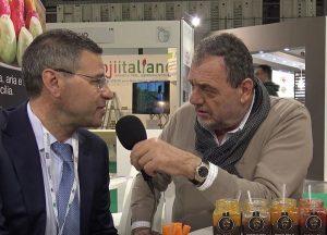 """Vissani """"green"""", tra pomodori e carote al TuttoFood: intervista Carmelo Calabrese"""