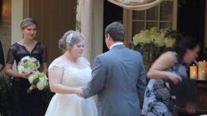 YOUTUBE Vomita durante lo scambio delle fedi, matrimonio rovinato