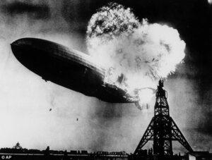 Ultimo superstite racconta esplosione dirigibile Hidenburg