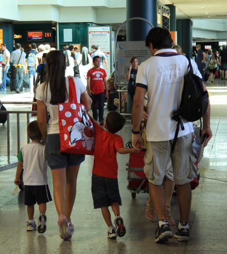 Usa, Trump approva stretta sui visti: controlli anche su social