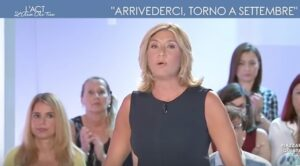 """YOUTUBE Myrta Merlino lascia (momentaneamente) L'Aria che tira: """"Ho un problema familiare"""""""