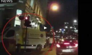 YOUTUBE Attentato Londra, il van dei terroristi ripreso dalla dashcam di un tassista