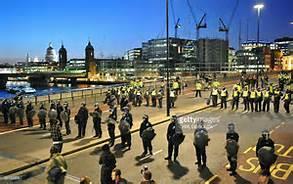 Polizia blocca il London Bridge