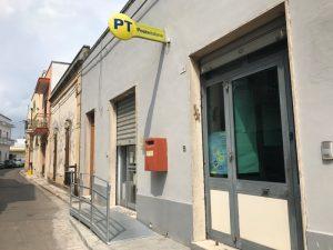 Castrì di Lecce: rapinatori gentlemen soccorrono direttrice Poste. Poi scappano con 60mila euro...