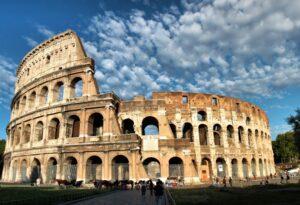 """Colosseo, Tar accoglie ricorso Raggi contro Parco Archeologico: """"Franceschini non ha i poteri"""""""