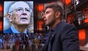 """YOUTUBE Di Battista contro Napolitano: """"Rancoroso garante di sovietici e Cia"""""""
