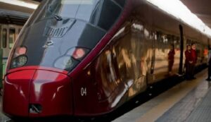 Treno Italo Napoli-Venezia: incendio a bordo vicino Frosinone