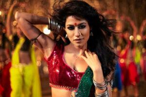 """Donna oggetto nei film di Bollywood. Islam in fiamme sugli """"item numbers"""""""