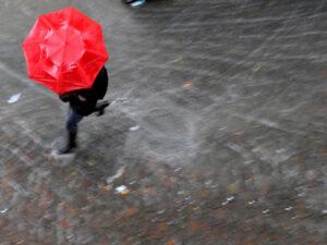Meteo, in arrivo piogge e freddo: temperature giù anche di 10 gradi