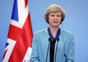 Gran Bretagna, boomerang elezioni per Theresa May. Inventate per più voti, ne avrà di meno